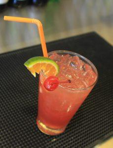 Cách Làm Mocktail Dâu Tây Đầy Sắc Màu
