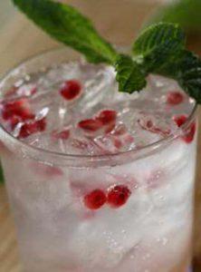 Cách Làm Mocktail The Mint Breezer Hương Bạc Hà