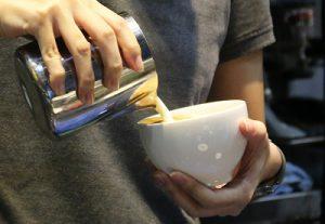 Học cách vẽ Latte Art ở đâu tốt nhất?