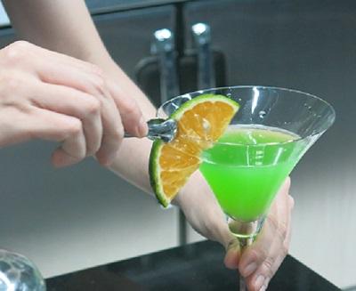 Cách Trang Trí Cocktail Đẹp Mắt Đơn Giản