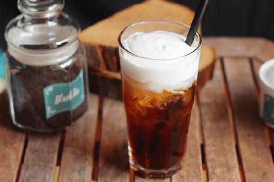 trà đen kết hợp với kem phô mai
