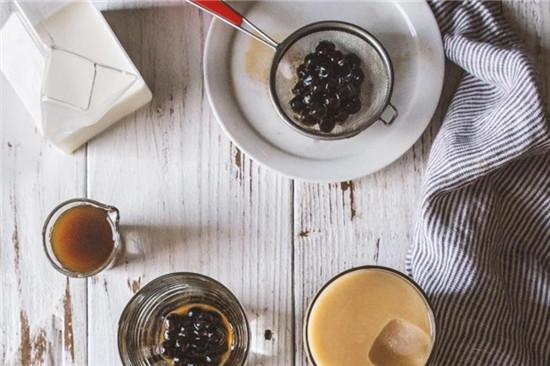 trân châu dùng với trà sữa