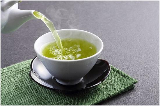 sử dụng trà xanh sẽ tốt cho sức khỏe hơn trà đen