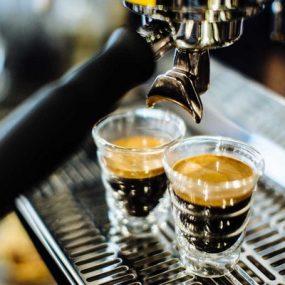 Cafe Espresso là gì? Cách làm ly cafe ESPRESSO đúng điệu