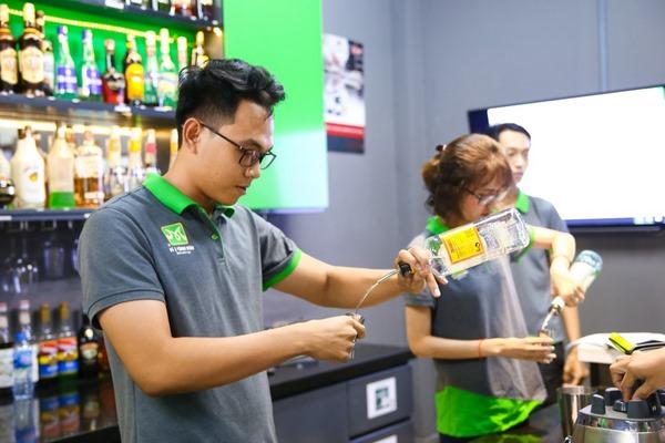 Trở thành Bartender là mơ ước của các bạn trẻ