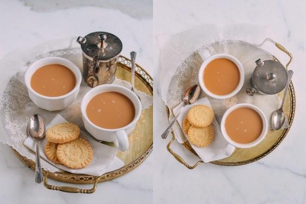Trà sữa uyên ương thường ăn với bánh quy