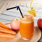 Kết hợp nước ép cà rốt với trái cây